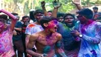 আত্রাইয়ে দোল উৎসব শোভাযাত্রা