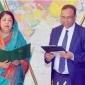 অবশেষে শপথ নিলেন মোকাব্বির খান